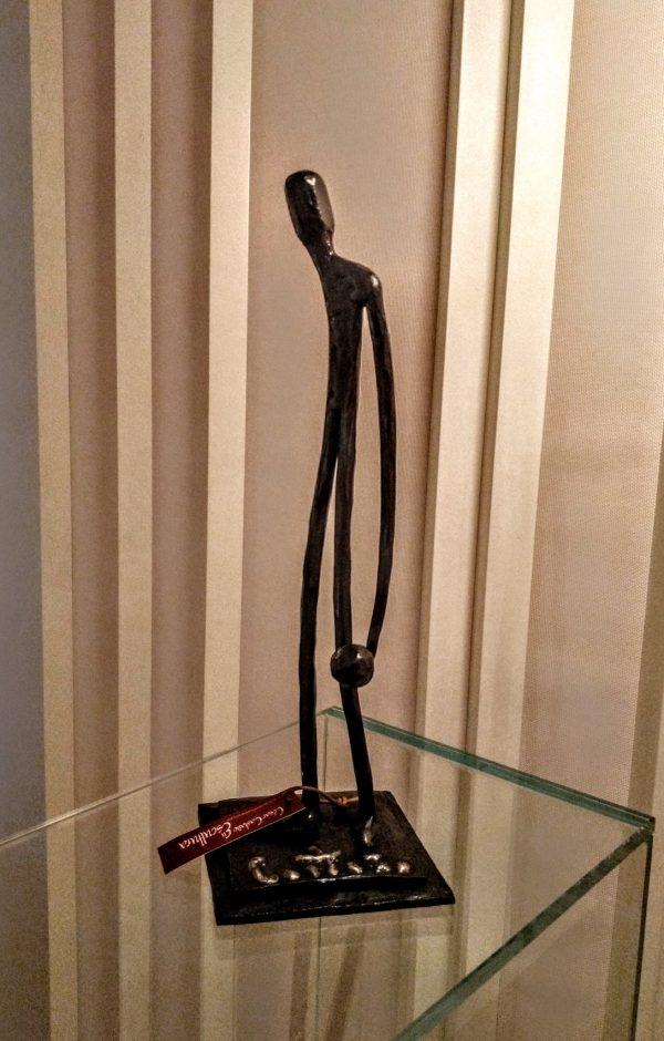 escultura-hierro-bolos