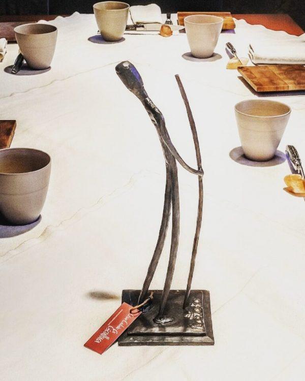 escultura-hierro-caminante-incansable-2