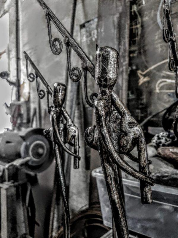 escultura-hierro-gaitero