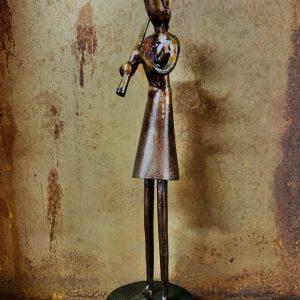 escultura-hierro-la-clarinetista