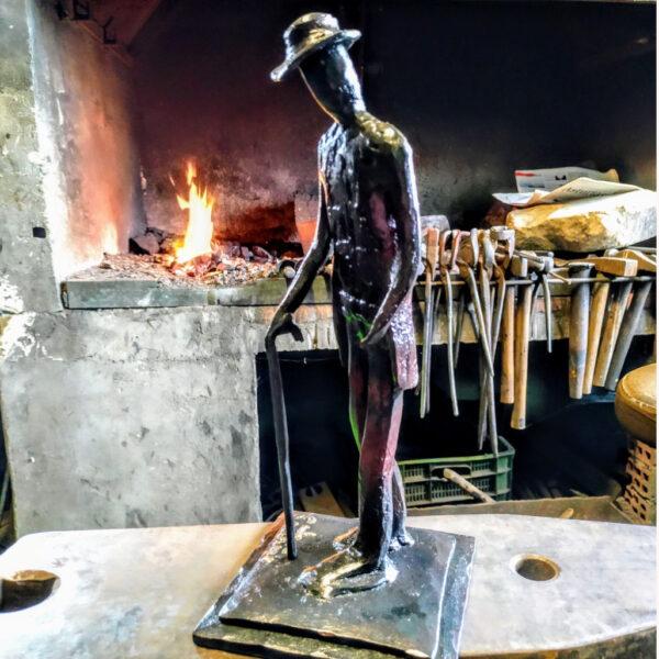 escultura-hierro-el-abuelo-forja