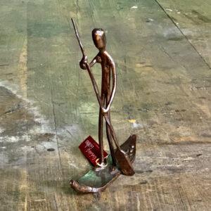 escultura-hierro-surf-remo