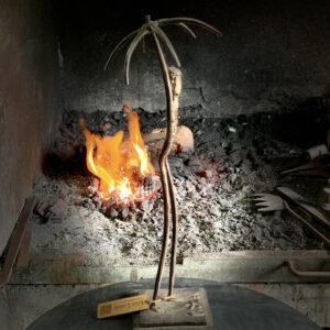 escultura-hierro-adversidad-ii