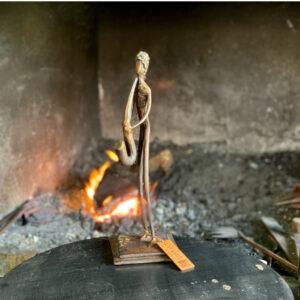 escultura-hierro-la-saxofonista-i